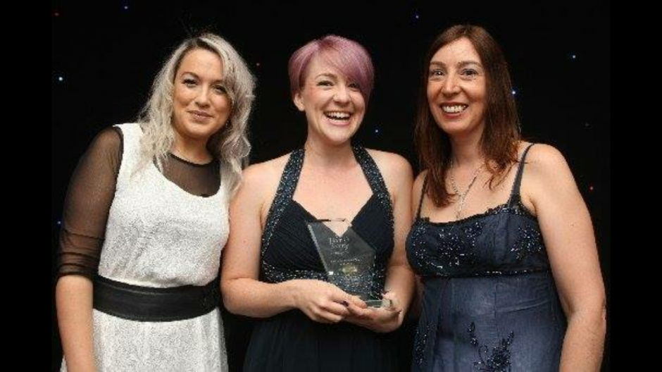 Former Permanent Makeup Training Student Amy Packer Wins Award